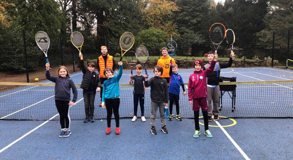Pic of junior group tennis